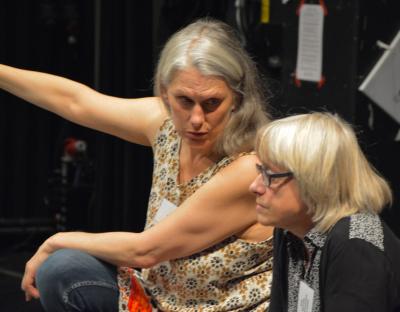 Jag och Judit Benedek med teaterpedagoger på Riksteatern